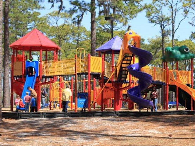 Hugh-MacRae-Playground