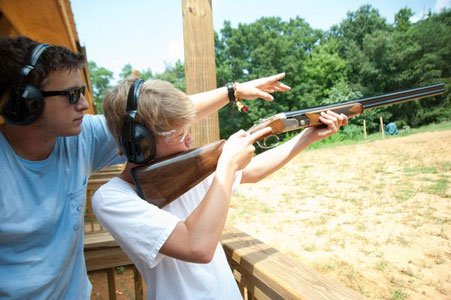 tn_Instruction-at-the-5-Stand-Sporting-Clays-Shooting-House.jpg